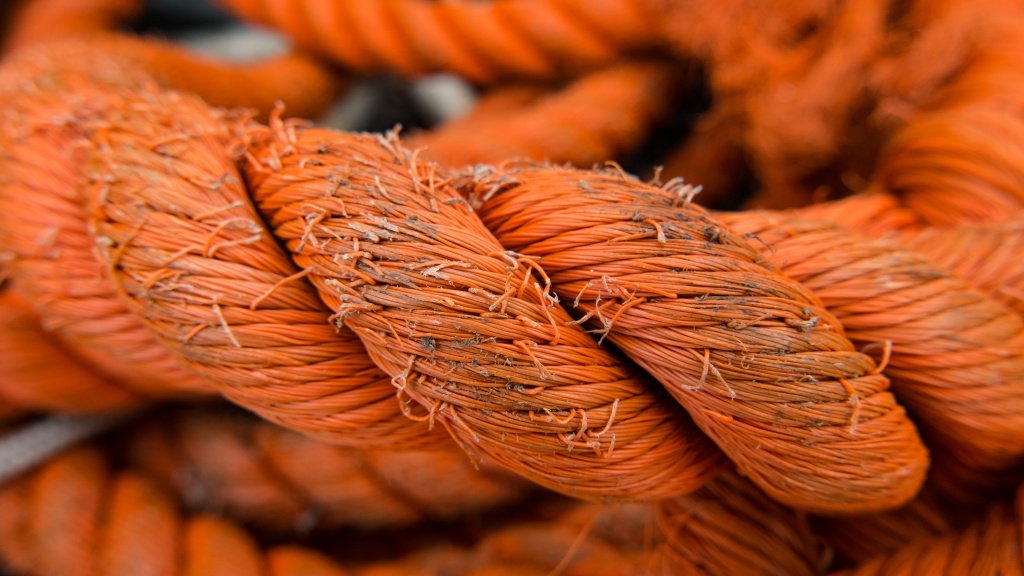 Frayed oraange rope, writing prompt for flash fiction