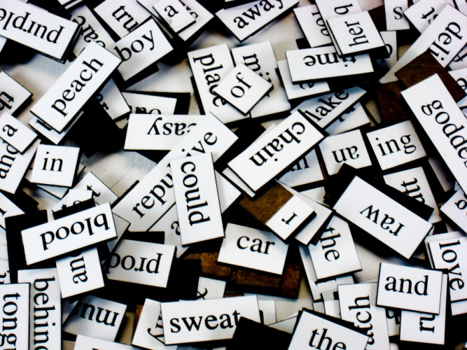 photo of a stack of magnetic poetry words to illustrate story on optimal daily word quota for a writer